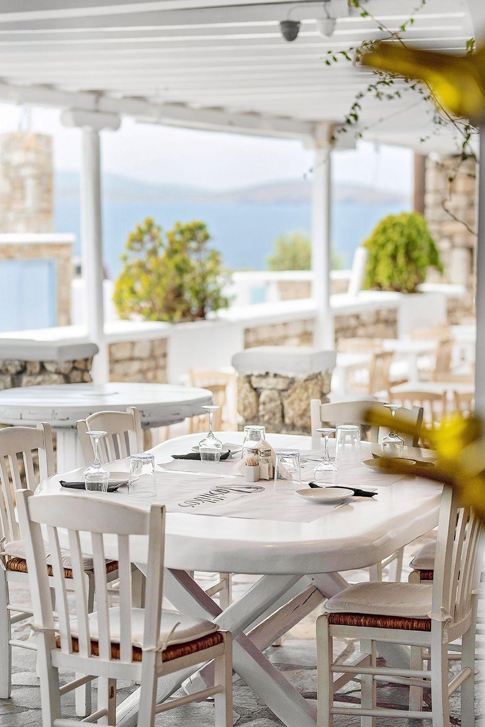 vasilikos-mykonos-restaurant-gallery-interior-15
