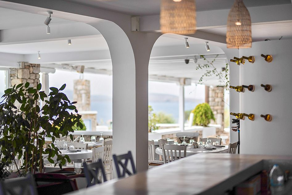 vasilikos-mykonos-restaurant-gallery-interior-16