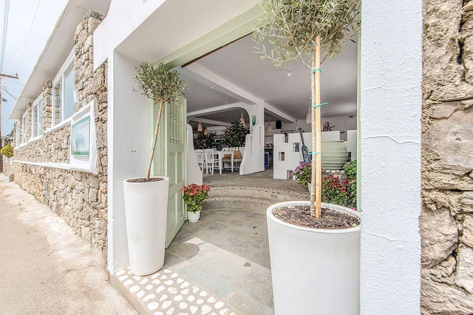 vasilikos-mykonos-restaurant-gallery-interior-20