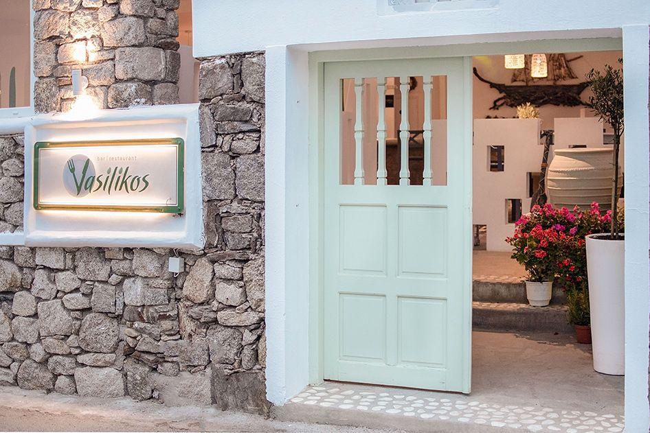 vasilikos-mykonos-restaurant-gallery-interior-23